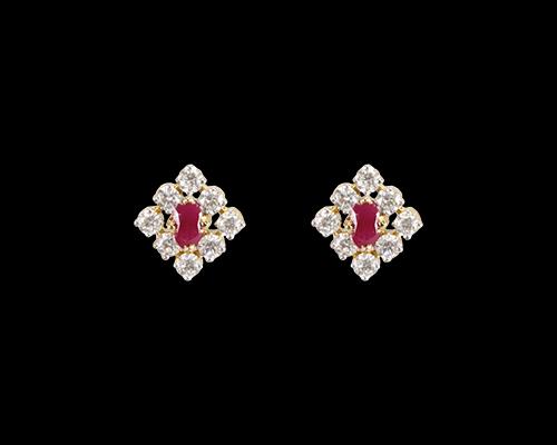 _MG_1067_ER003972_diamond_earring.png